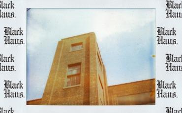 "Polaroid ""Black Haus"""