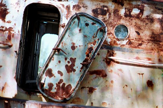 Film FPP Kodak Portra 160 Konica AReflex T 14 Carmen Wreck Port Door Jimages