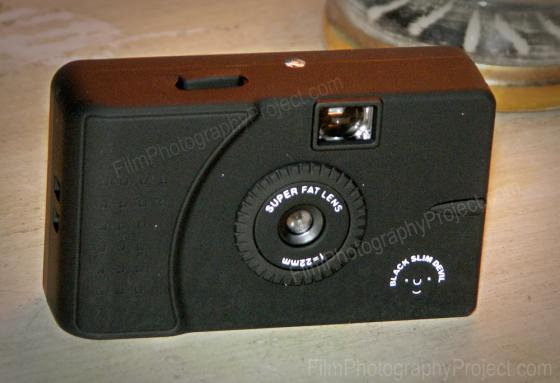 Black Slim Devil – Cult Camera Clone!