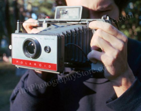 Polaroid104AutomaticLandCamera