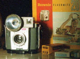 620 Film Minute – Kodak Brownie Flashmite 20 Camera